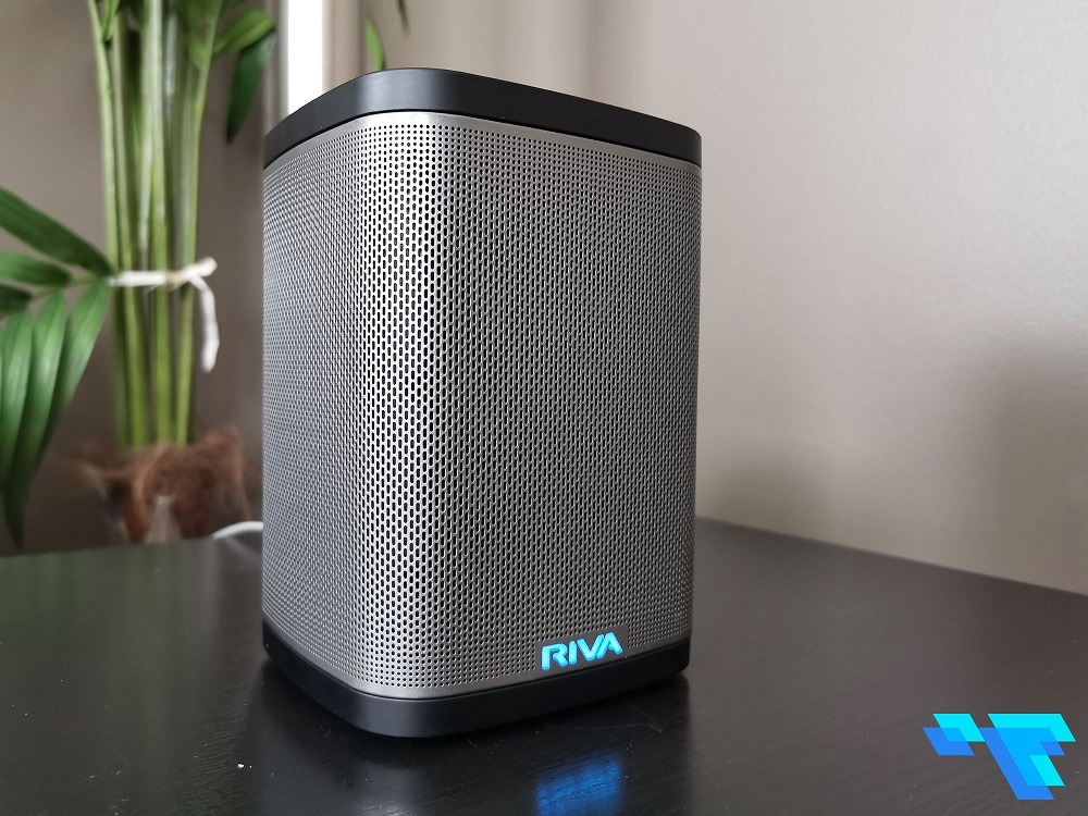 Riva Concert Speaker Front Lit Up