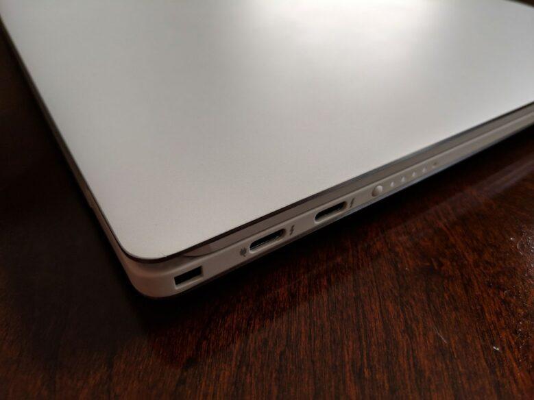 Dell XPS 13 Ports Left