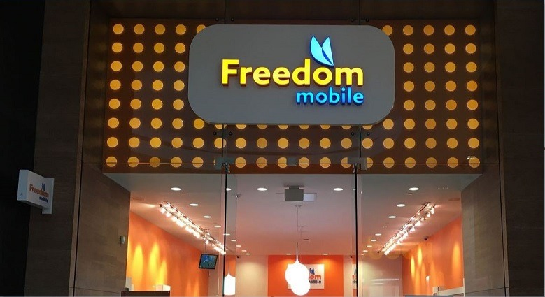 Freedom Mobile's upscale boutique in Yorkdale Mall