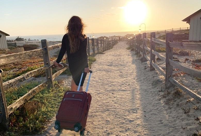 Sonya Davidson with Travelpro Elite